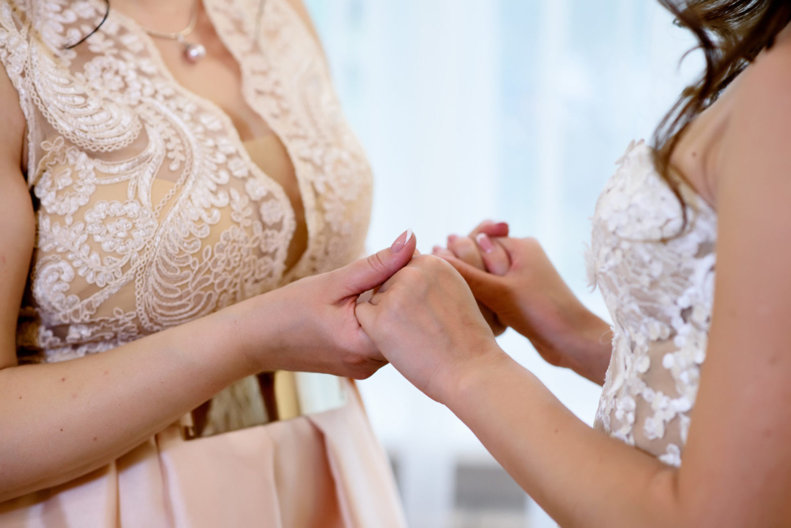 Wedding Blues: How to Get the Moms together