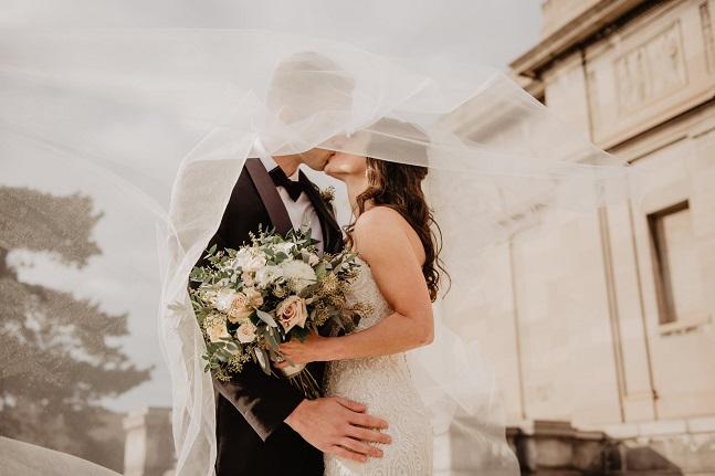Fun Ways to Incorporate CBD into Your Wedding Day